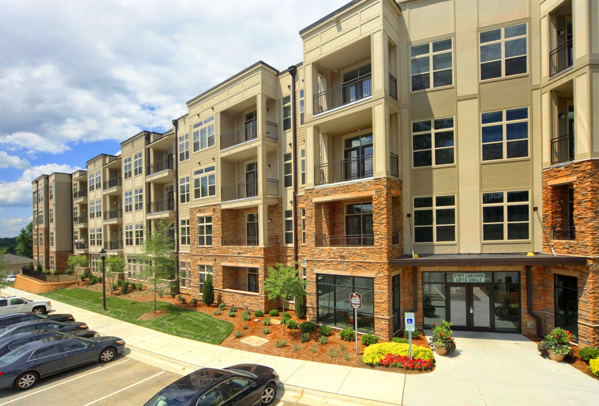 maple apartments cary nc maples at kildaire cary nc. Black Bedroom Furniture Sets. Home Design Ideas