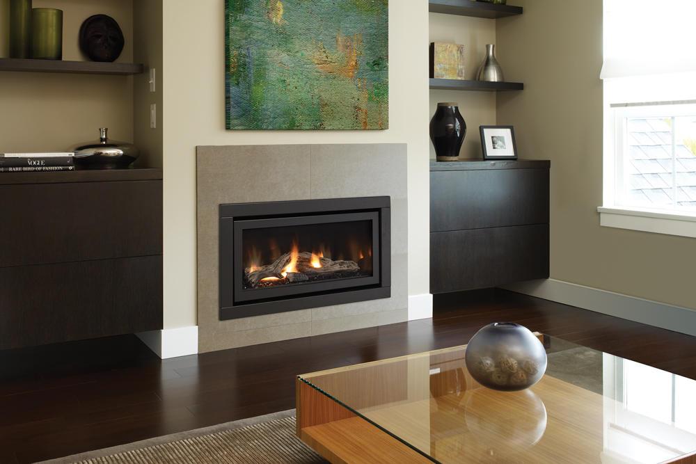 Fireplace Gallery in Edmonton: Regency Horizon Contemporary Gas Fireplace - HZ30