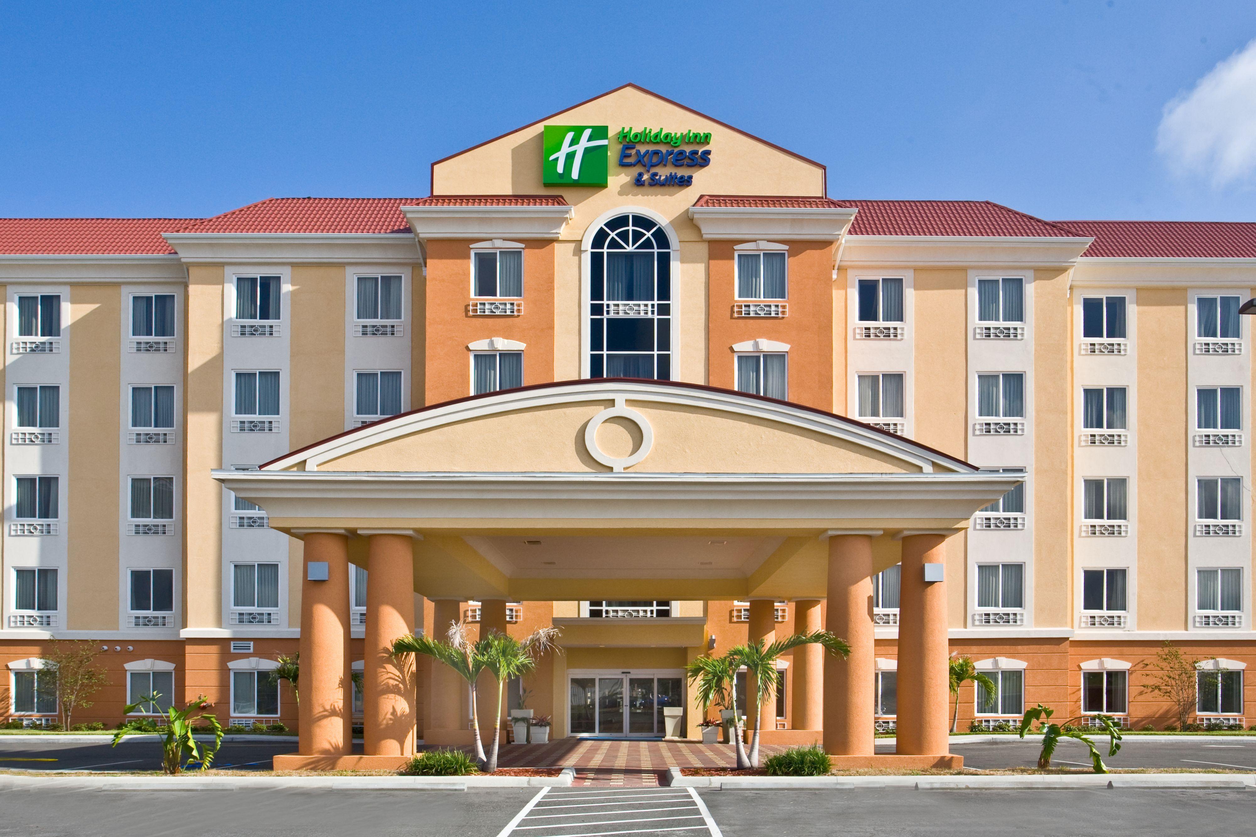 Holiday Inn Express Suites Orlando East Ucf Area Orlando Florida Fl