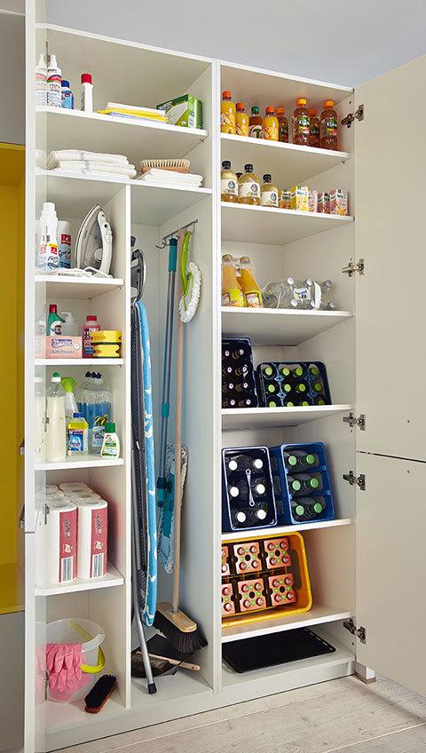 h lzel k chendesign verkauf einbau von k chen nossen deutschland tel 03524243. Black Bedroom Furniture Sets. Home Design Ideas