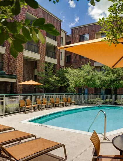 Courtyard by marriott dallas dfw airport south irving for Irving hotel chicago