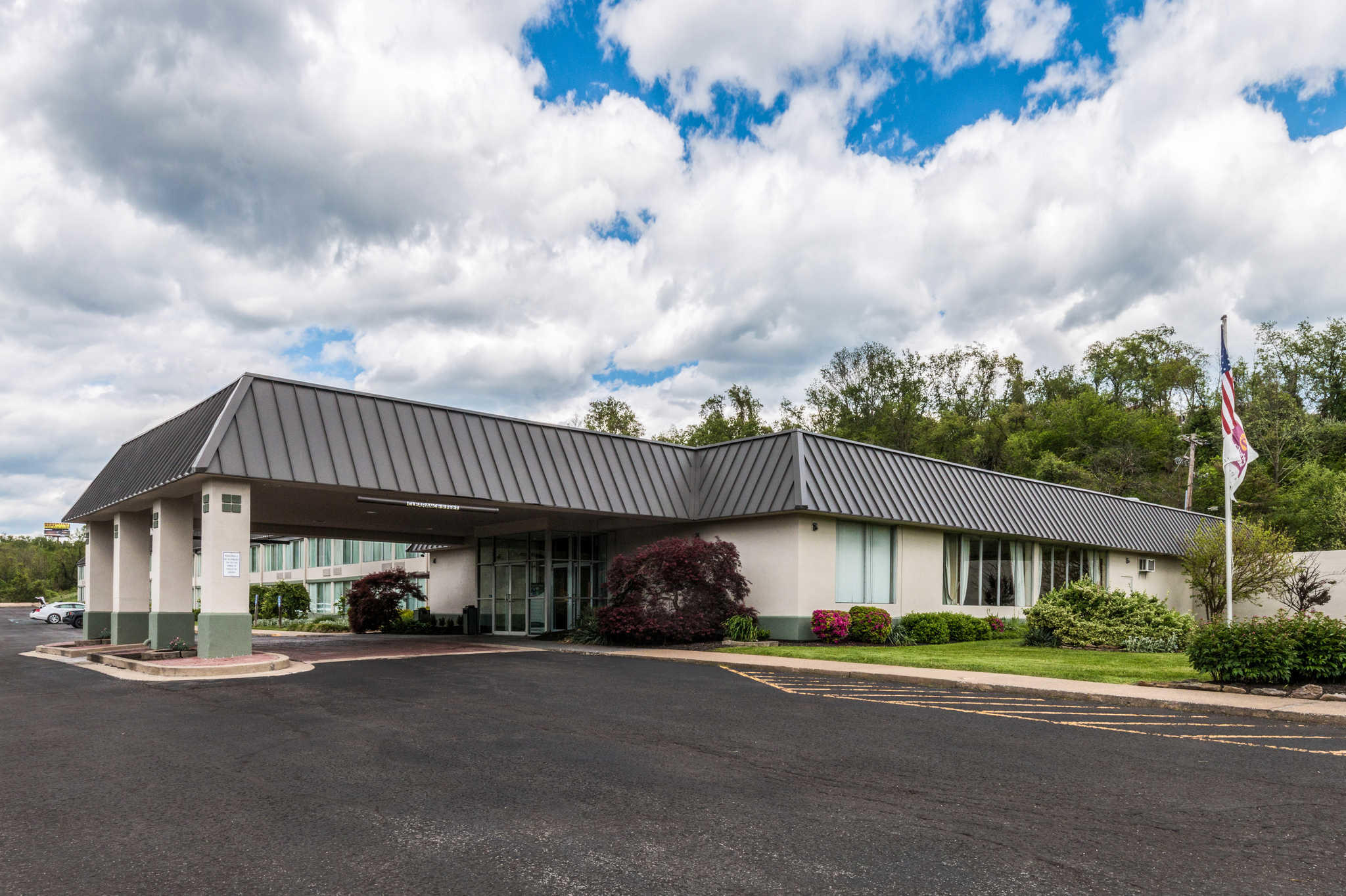 Suburban Extended Stay Hotel  Fairmont West Virginia  Wv