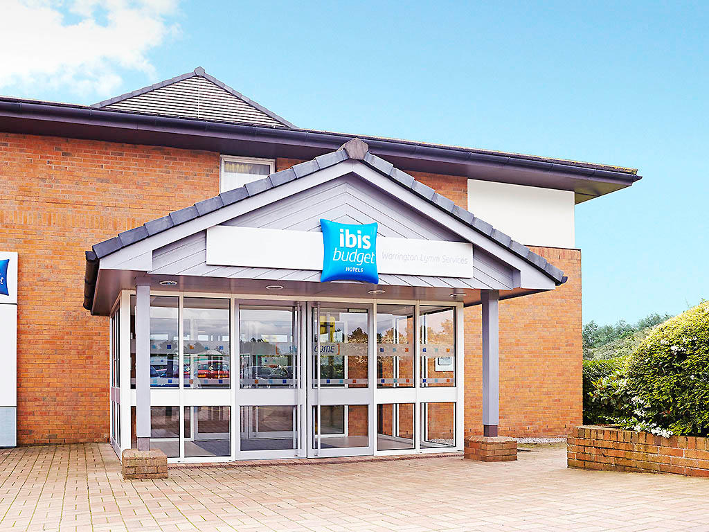 Hotel ibis budget Warrington Lymm Services - Lymm, Cheshire WA13 0SP - 01925 759015 | ShowMeLocal.com