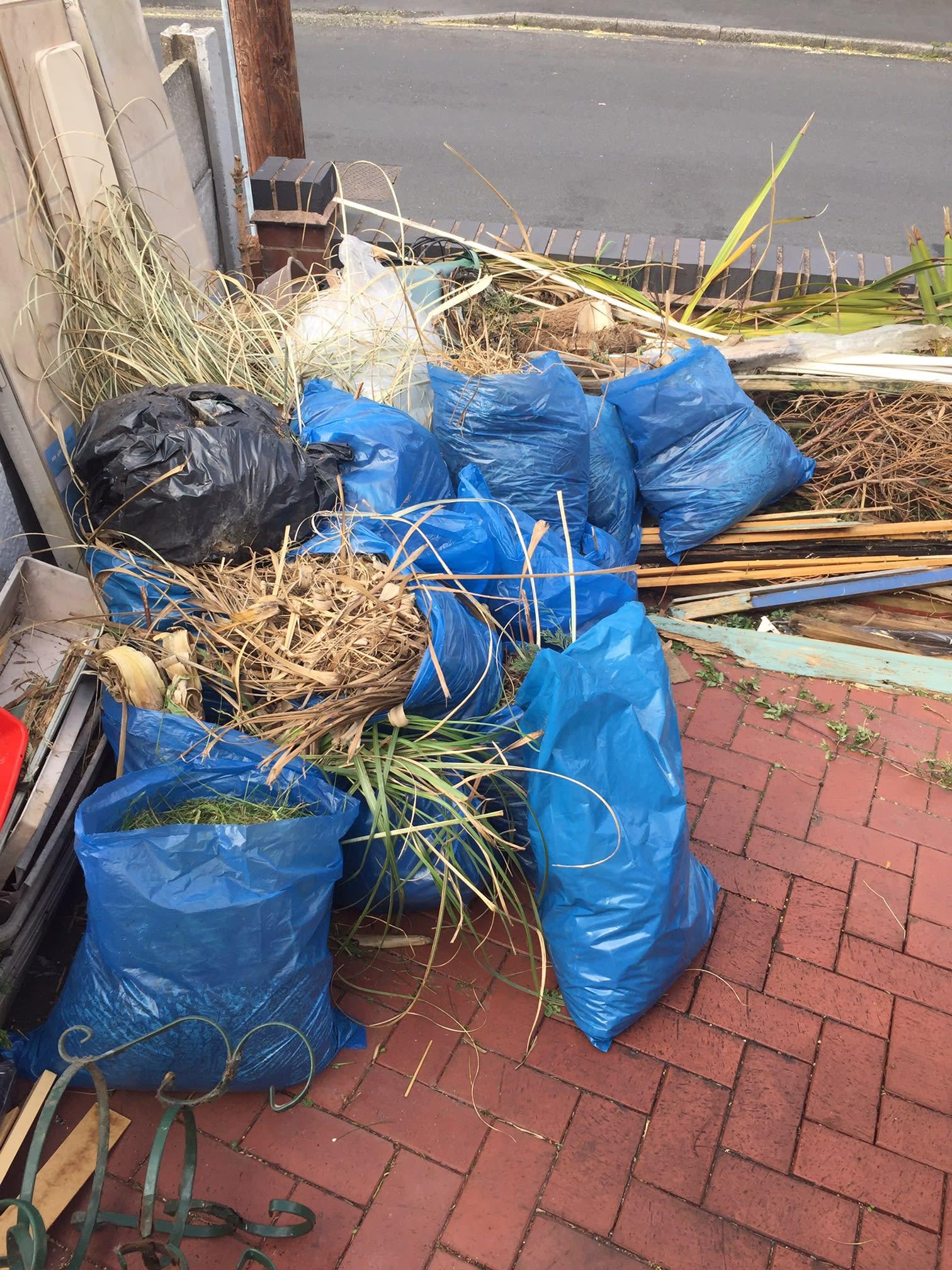 Getting Rid Rubbish Removals
