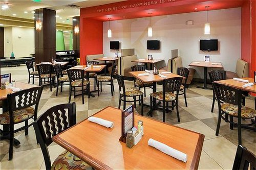 Holiday inn hotel amp suites waco northwest in waco tx whitepages