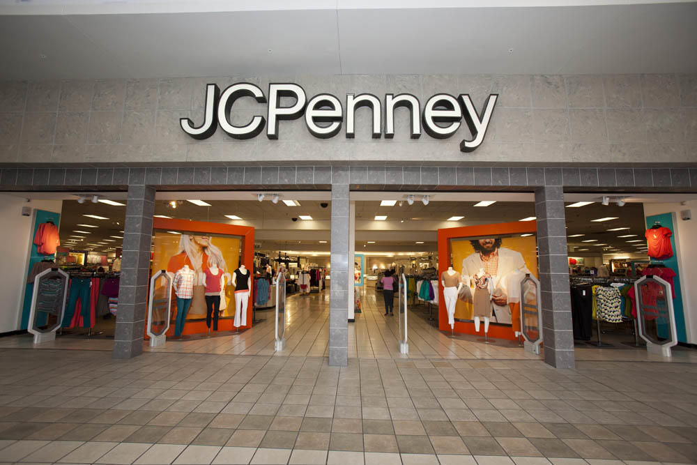 Prien Lake Mall features DICK'S Sporting Goods, Dillard's, JCPenney, Kohl's and Cinemark 14, featuring all digital technology and stadium seating and more than 80 specialty shops. Retailers include Coach, Body Central, Express, Gap/Gap Kids, Aeropostale, Bath & Body Works and The Children's Place.3/5(5).