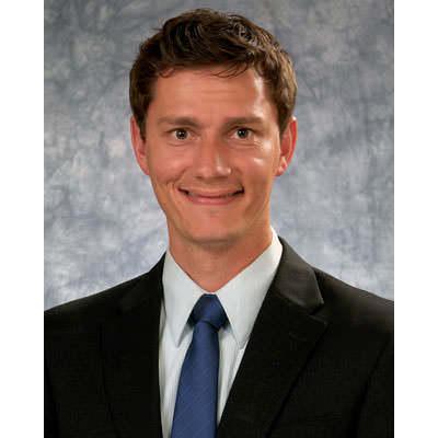 Luke S Ernstberger MD