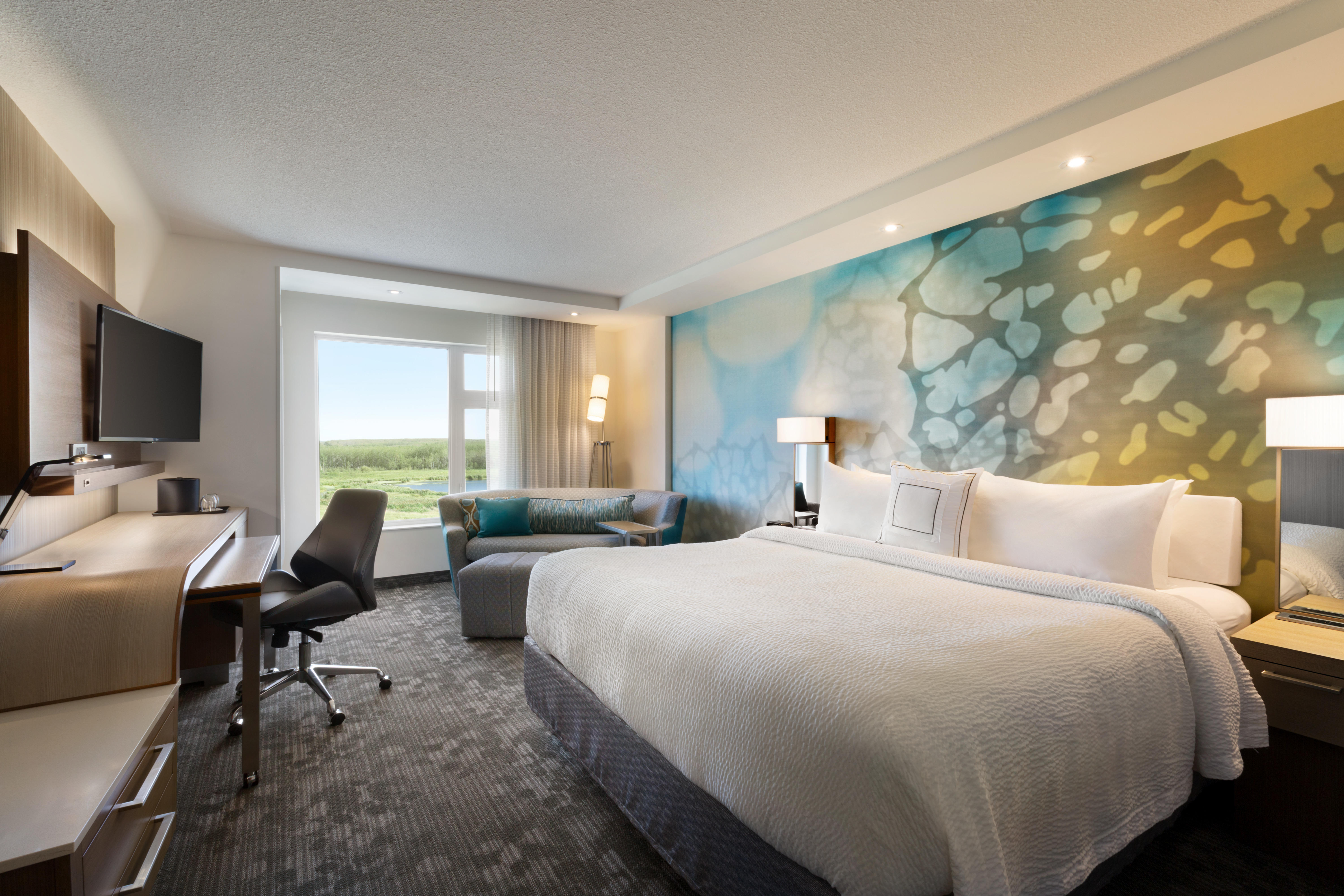 King Guest Room Courtyard by Marriott Cold Lake Cold Lake (780)594-0989