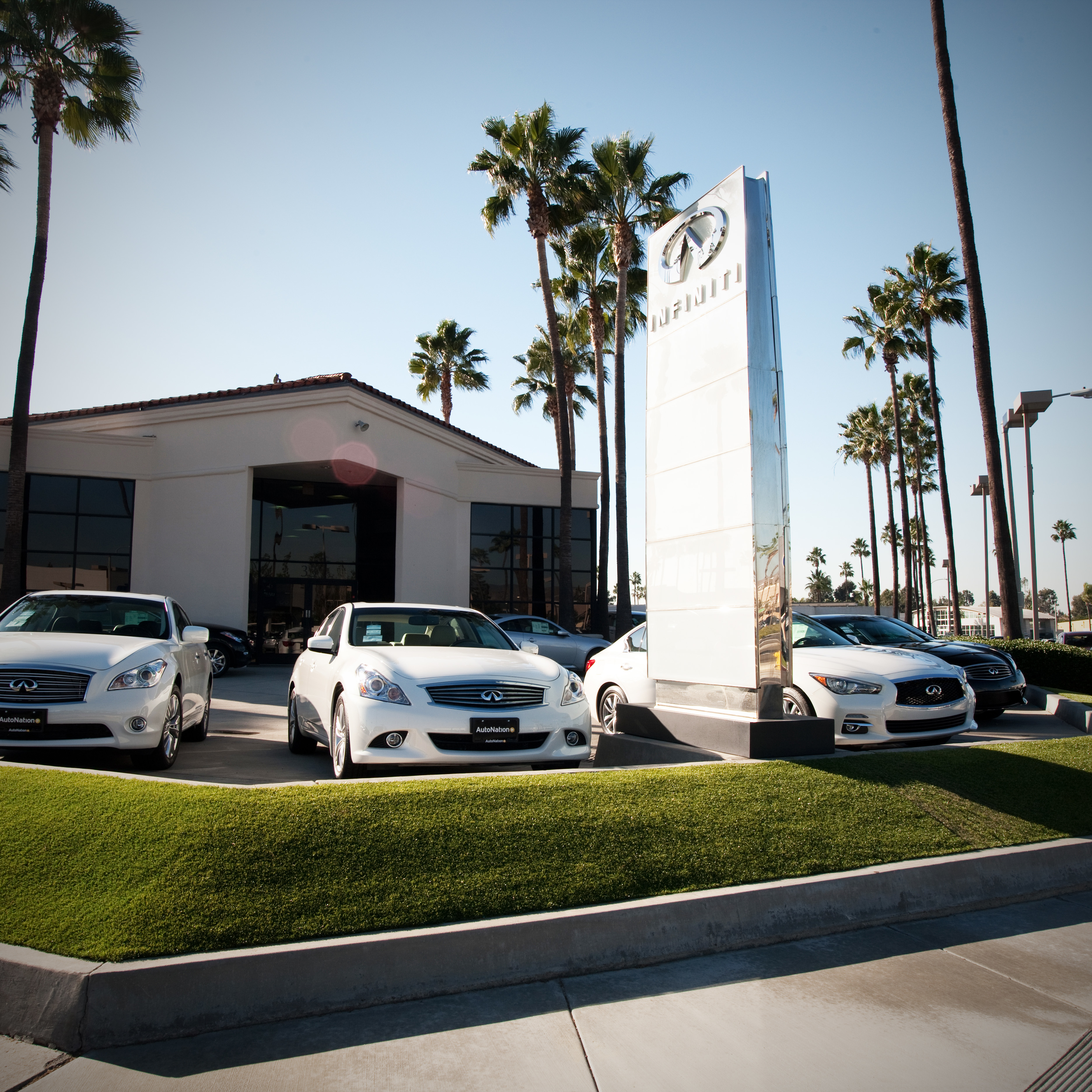 AutoNation INFINITI Tustin, Tustin California (CA ...