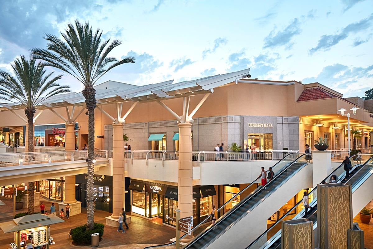 Fashion Valley Mall Hours Operation San Diego