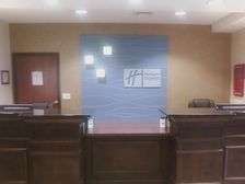 Holiday Inn Express & Suites Sidney image 1