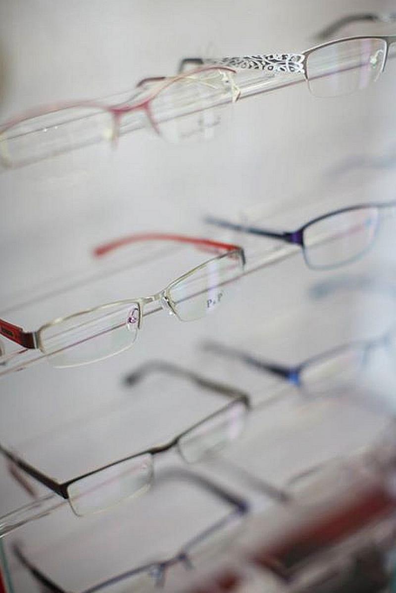 e2a559534 Optician (Eye Glasses And Contact Lenses) - Infobel Czech Republic