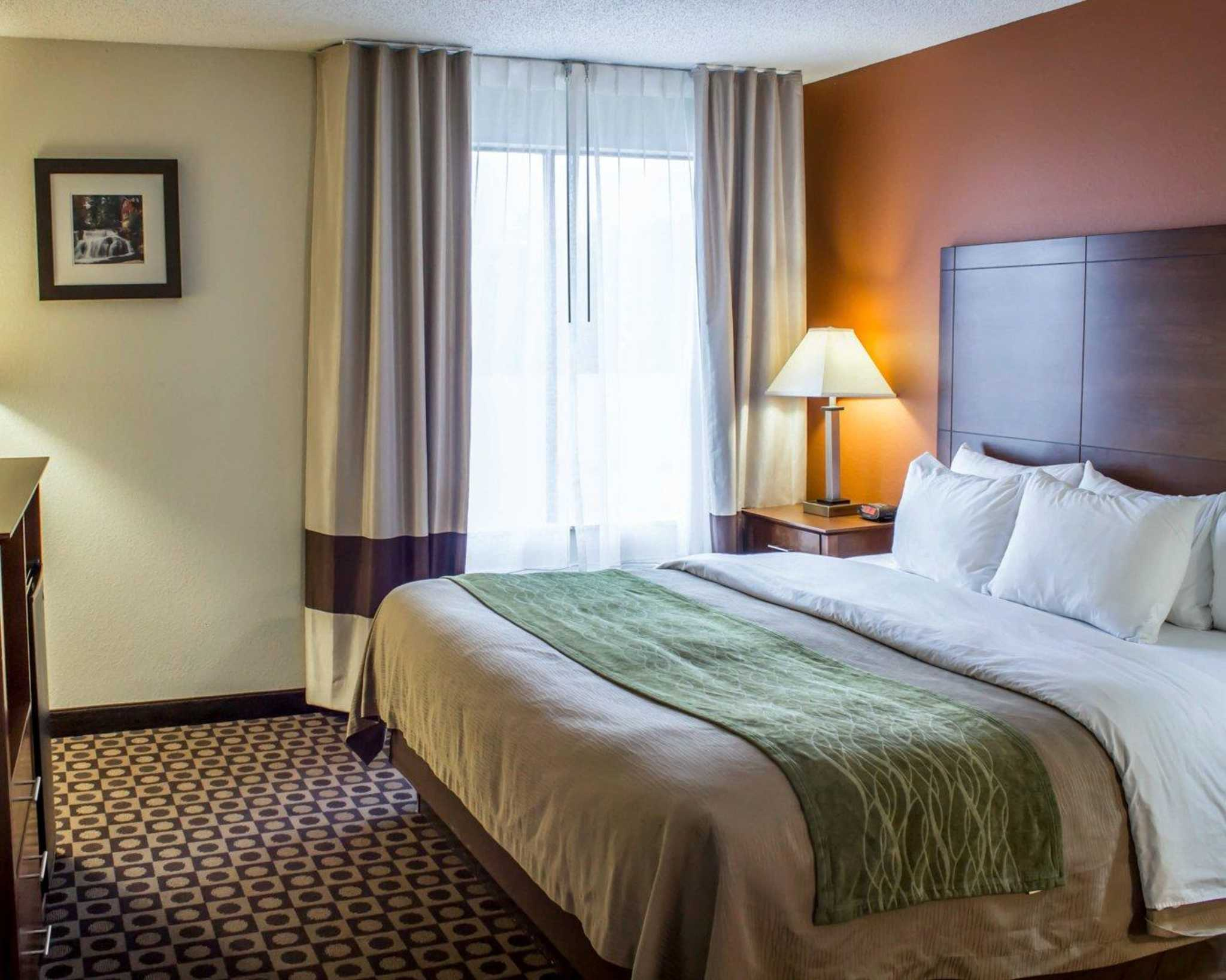 Best Western Inn Whirlpool Rooms