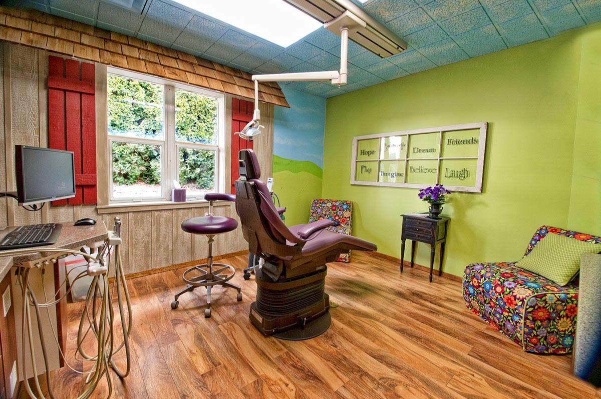 Children's Dentistry - Technology, , Dentist