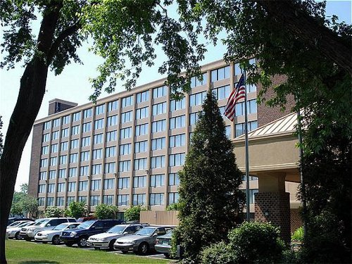Holiday Inn Philadelphia N-Fort Washington - ad image