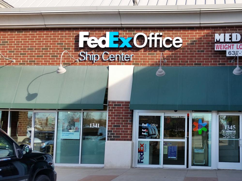 mis in fedex Fedex corporation (mis) 1 fedex corporation management information system  prepared by: aabhas rastogi 11dcp053 section - b 2.