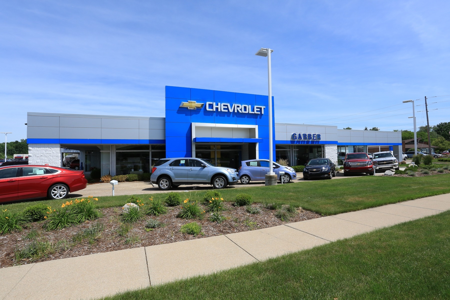 new cars trucks suvs for sale in garber chrysler autos post. Black Bedroom Furniture Sets. Home Design Ideas