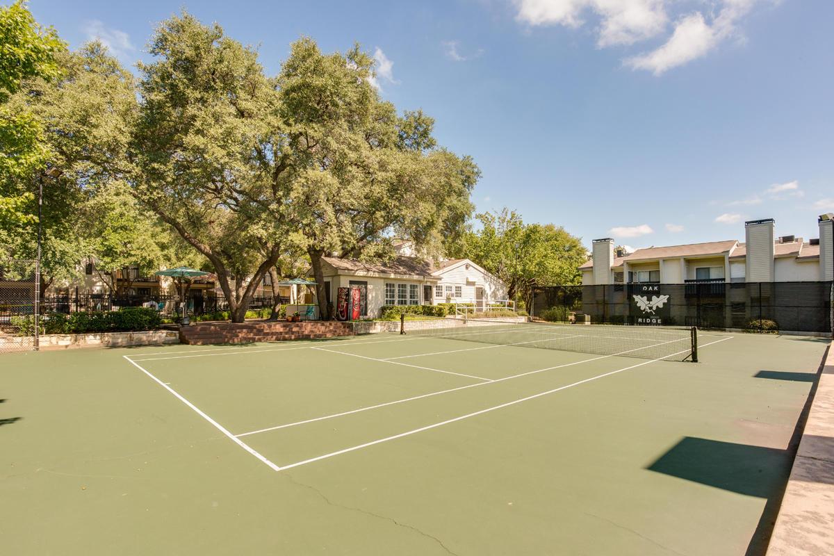 Oak Ridge Apartments Austin
