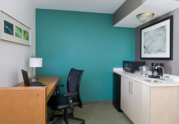 SpringHill Suites by Marriott Phoenix North image 4