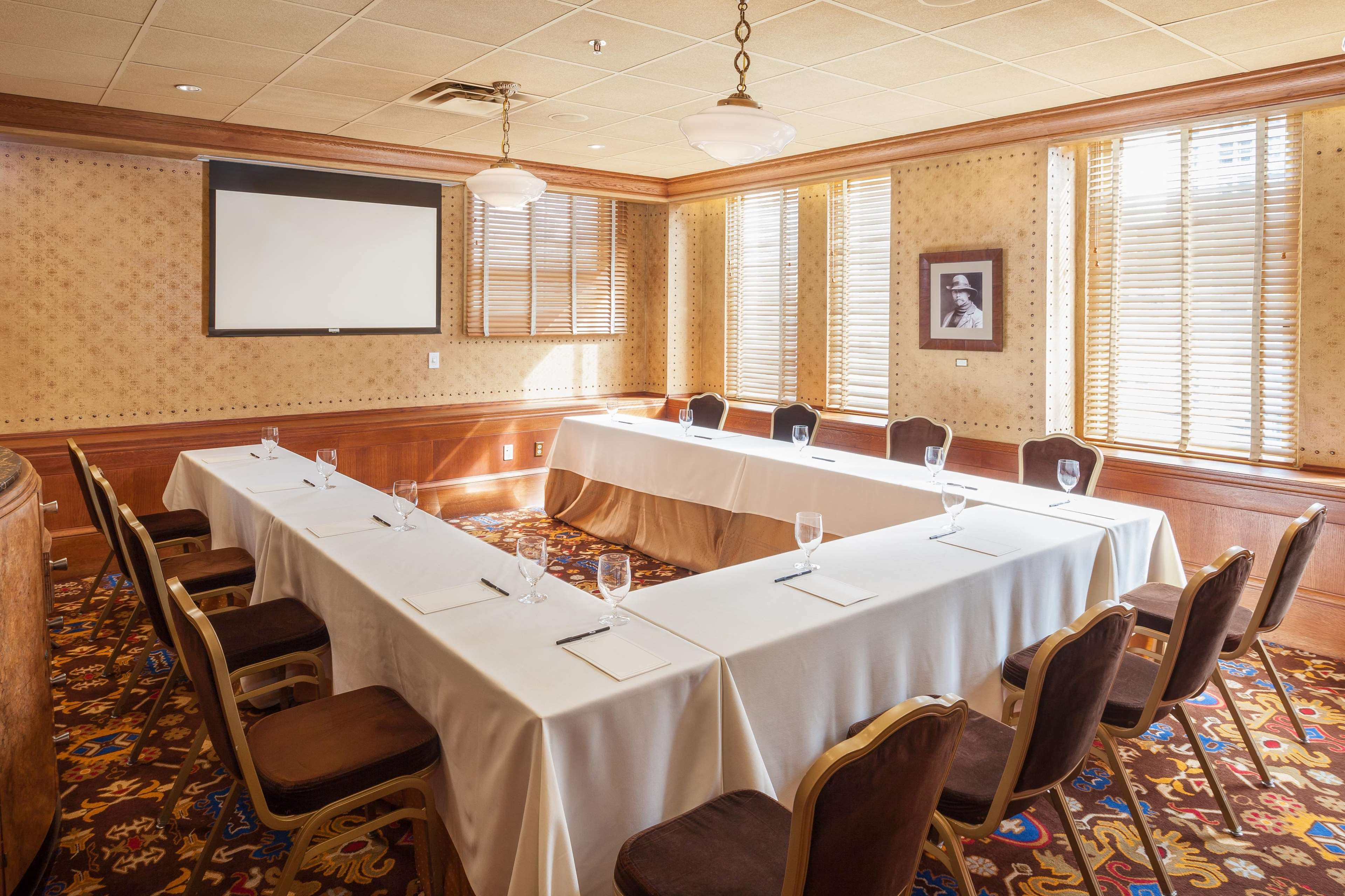 Hotels With Private Dining Rooms Seattle