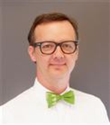 Matthias M Zinn MD