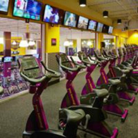 Planet Fitness In New York With A Tanning Room