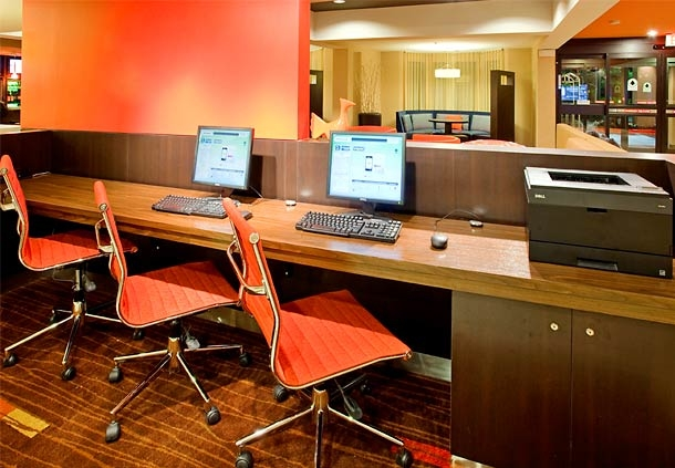 Courtyard by Marriott Houston The Woodlands image 10
