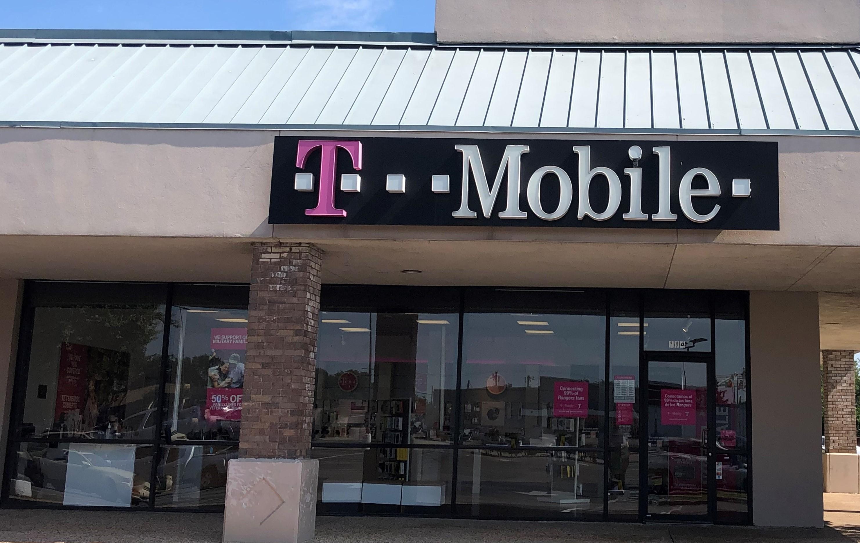 T-Mobile in Richardson, TX, photo #2
