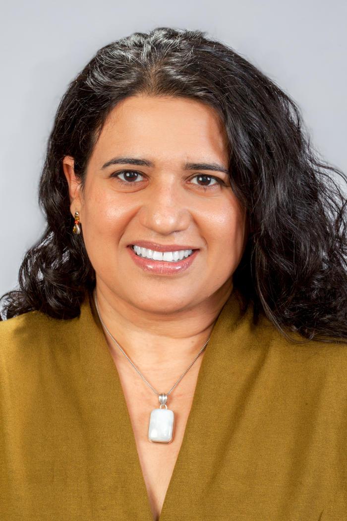 Fatma Akmese MD