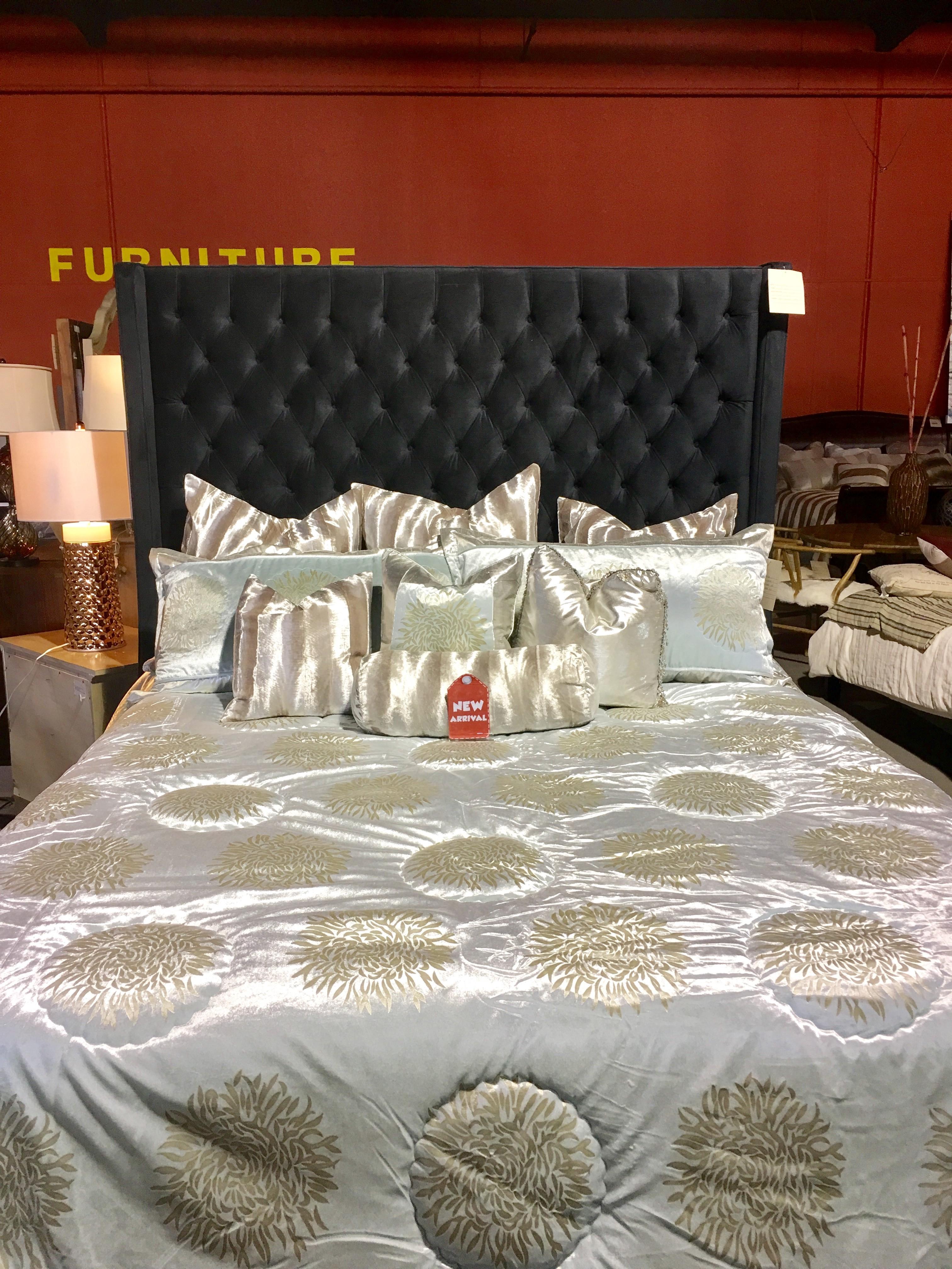 Wickmans Furniture 28448 Roadside Drive Agoura Hills Ca Clothes Posts Mapquest