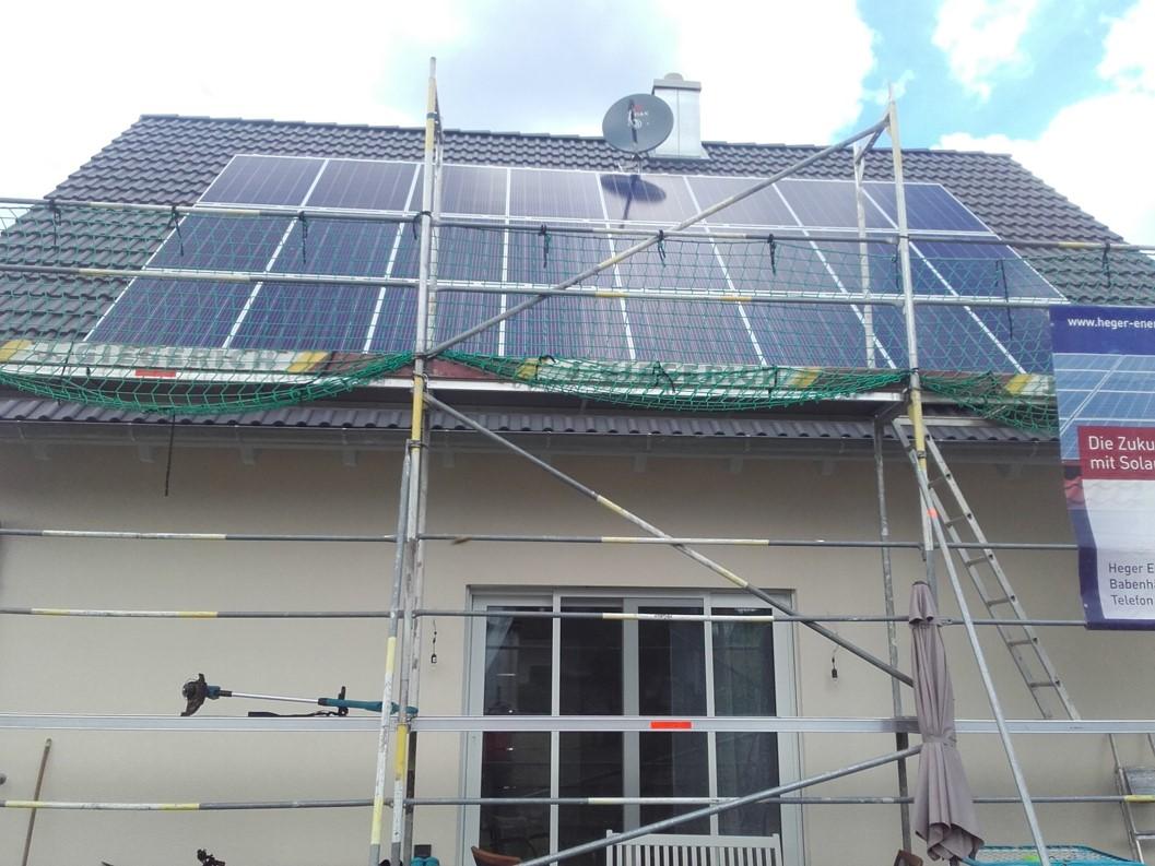 Montage Photovoltaik Anlage