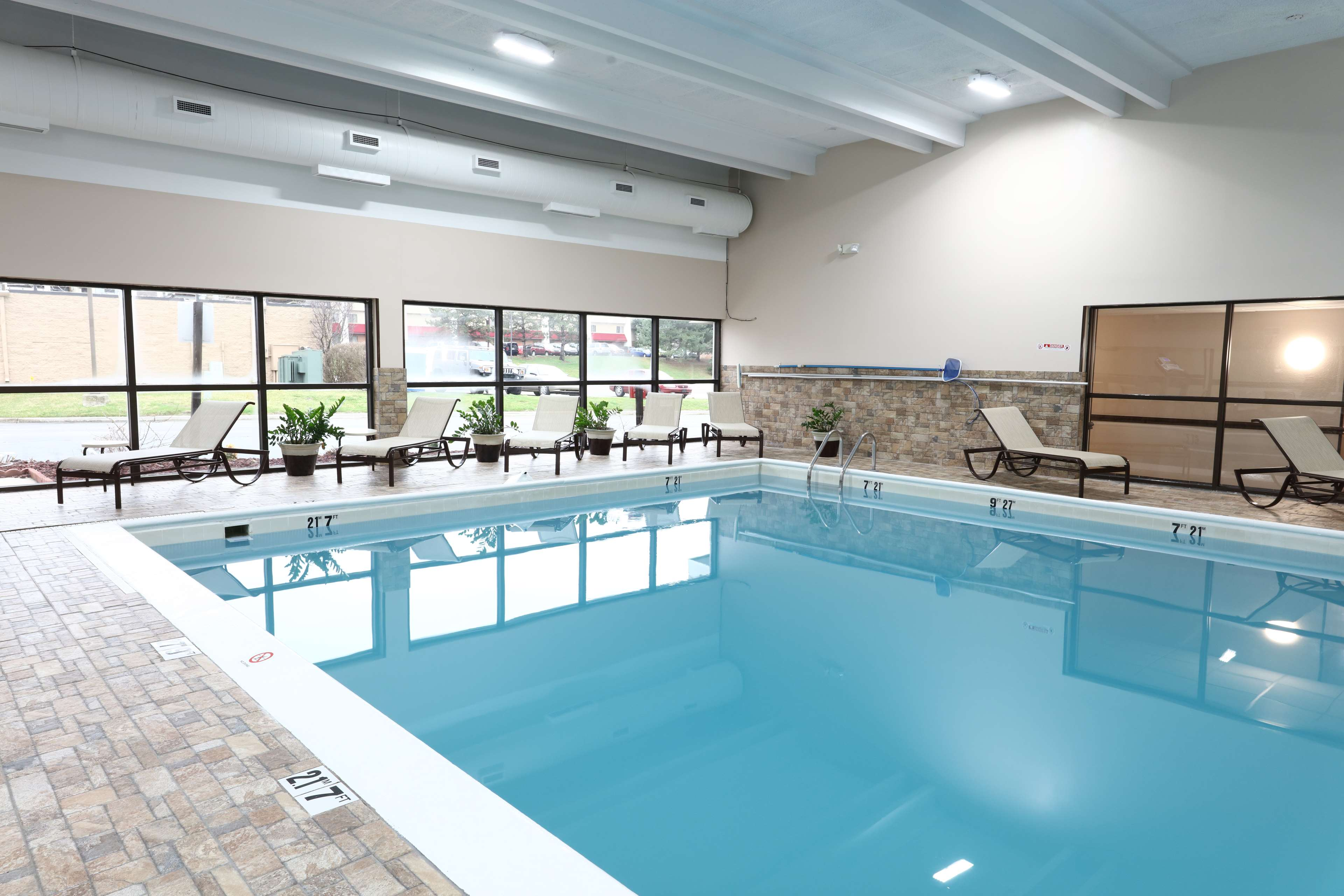 Best Western Hospitality Hotel And Suites Grand Rapids Mi