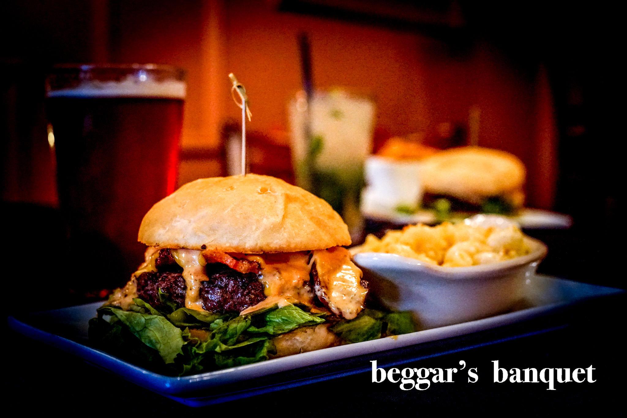 Beggar 39 s banquet in east lansing mi 48823 for Fresh fish lansing mi