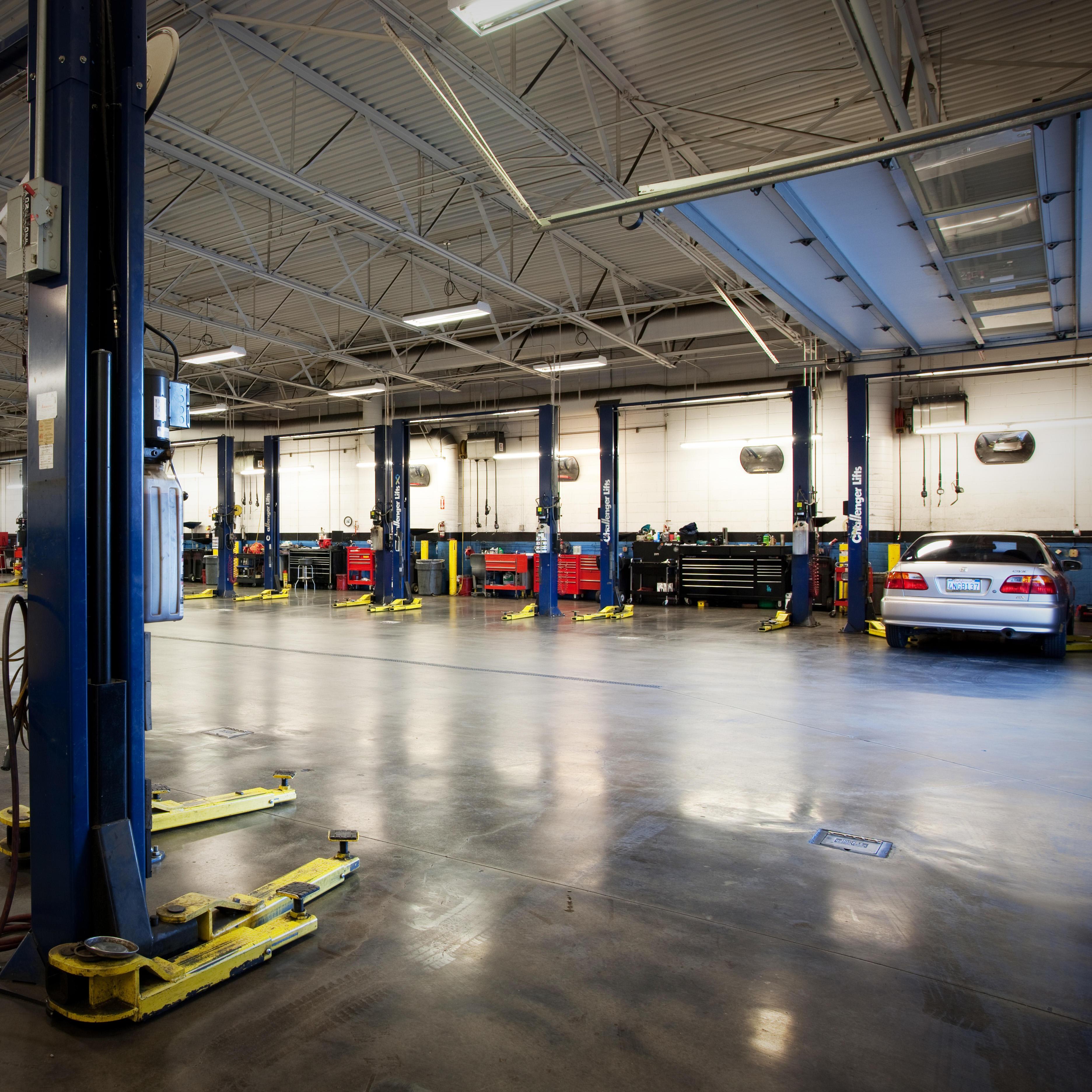 Valley honda dealers honda cars trucks suvs hybrids for Diamond honda of glendale