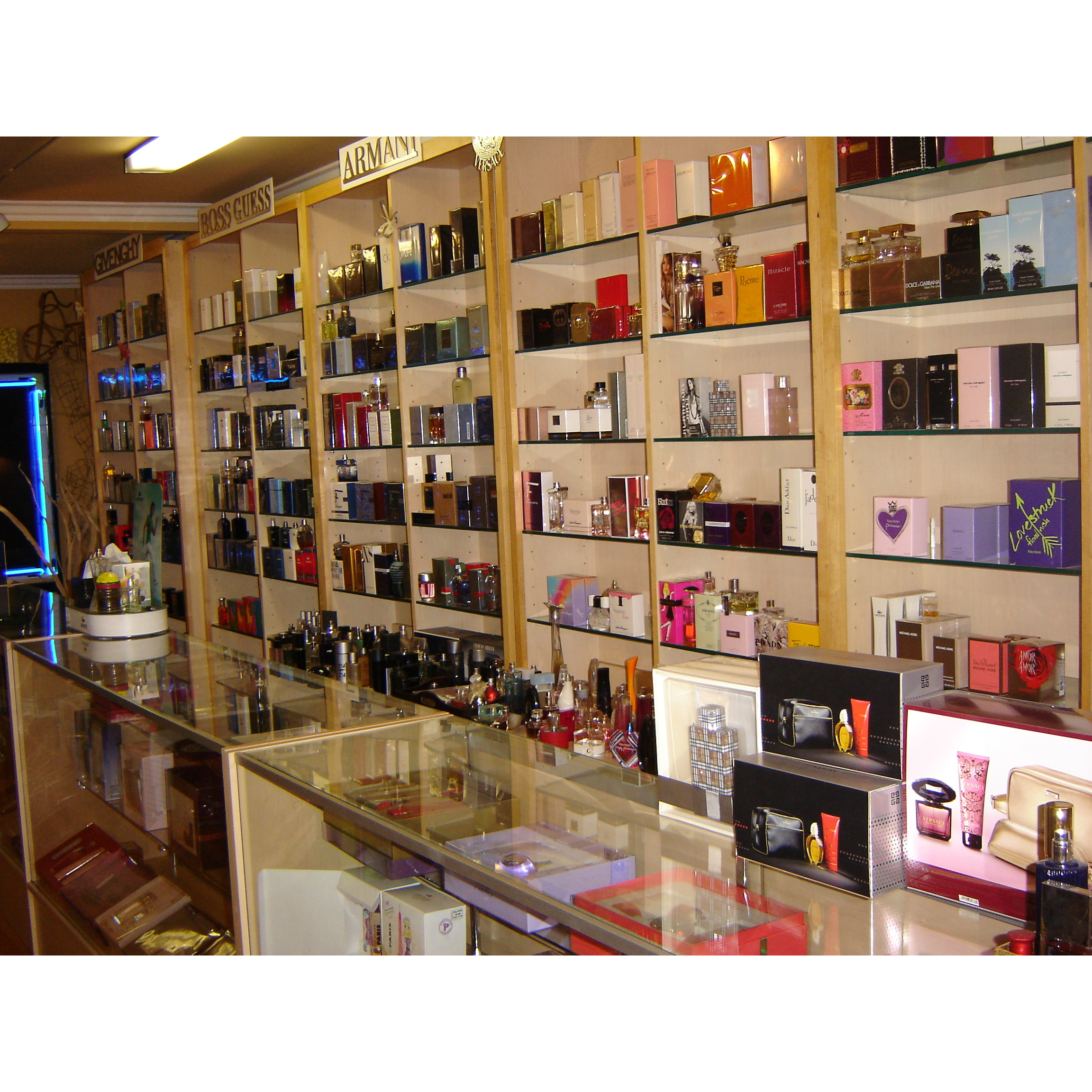 Perfume & Gift Gallery