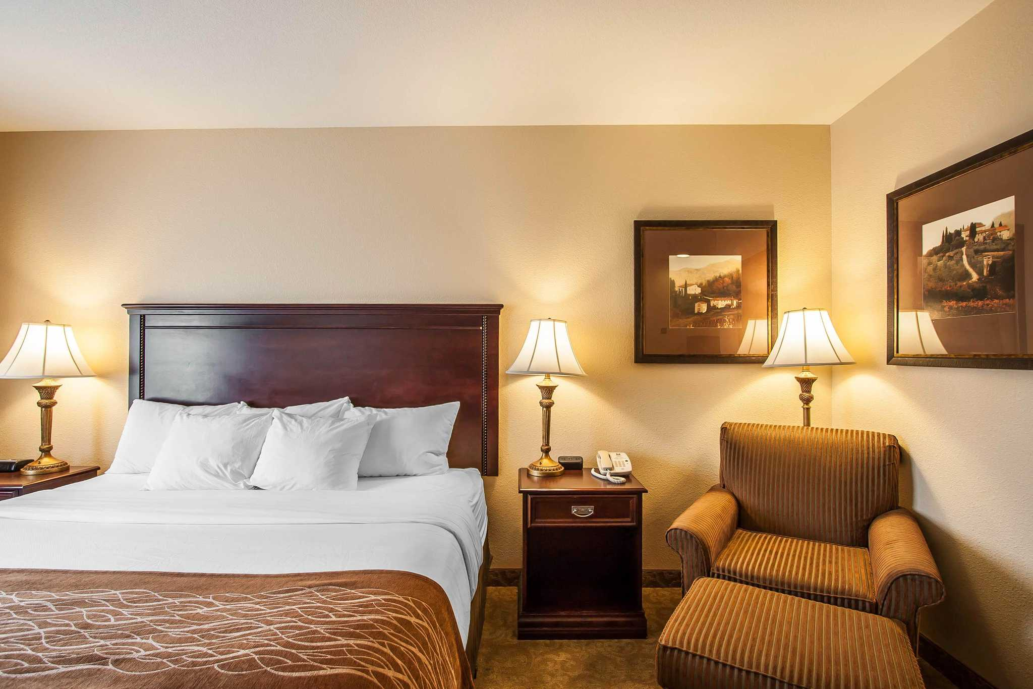 Hotel Rooms Mcminnville