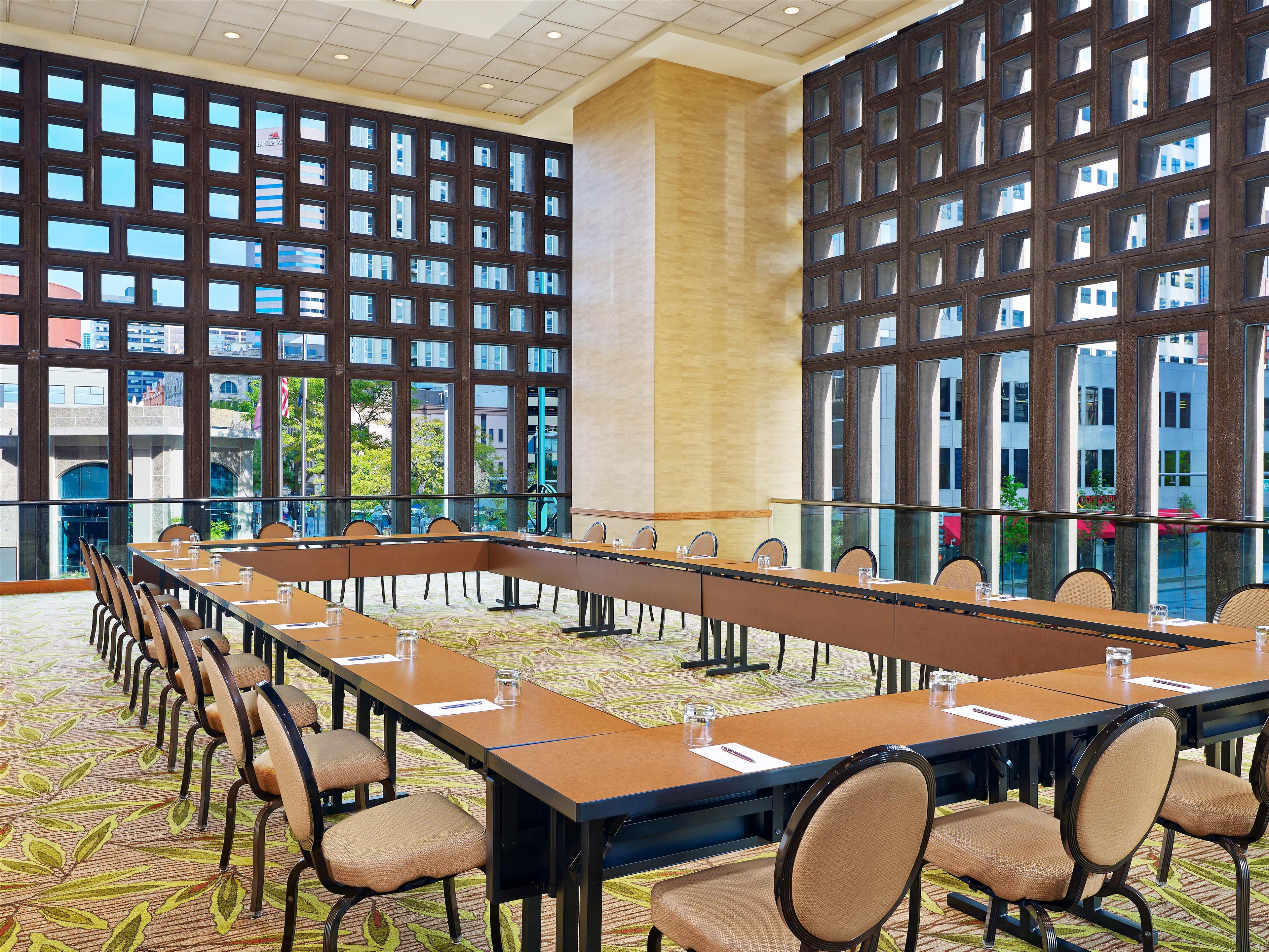 sheraton denver downtown hotel in denver co 80202. Black Bedroom Furniture Sets. Home Design Ideas