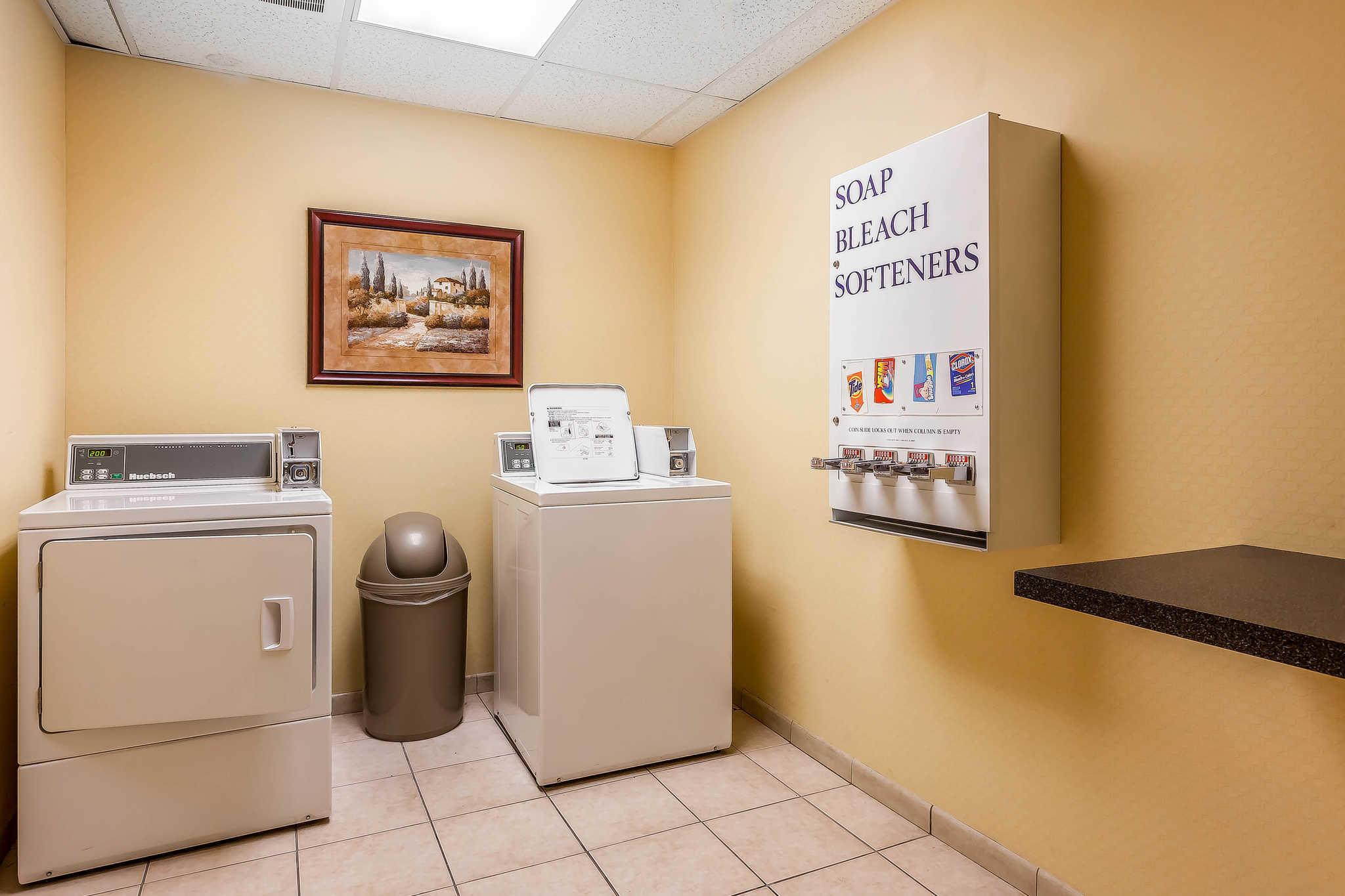 Comfort Inn Amp Suites Airport Convention Center Reno