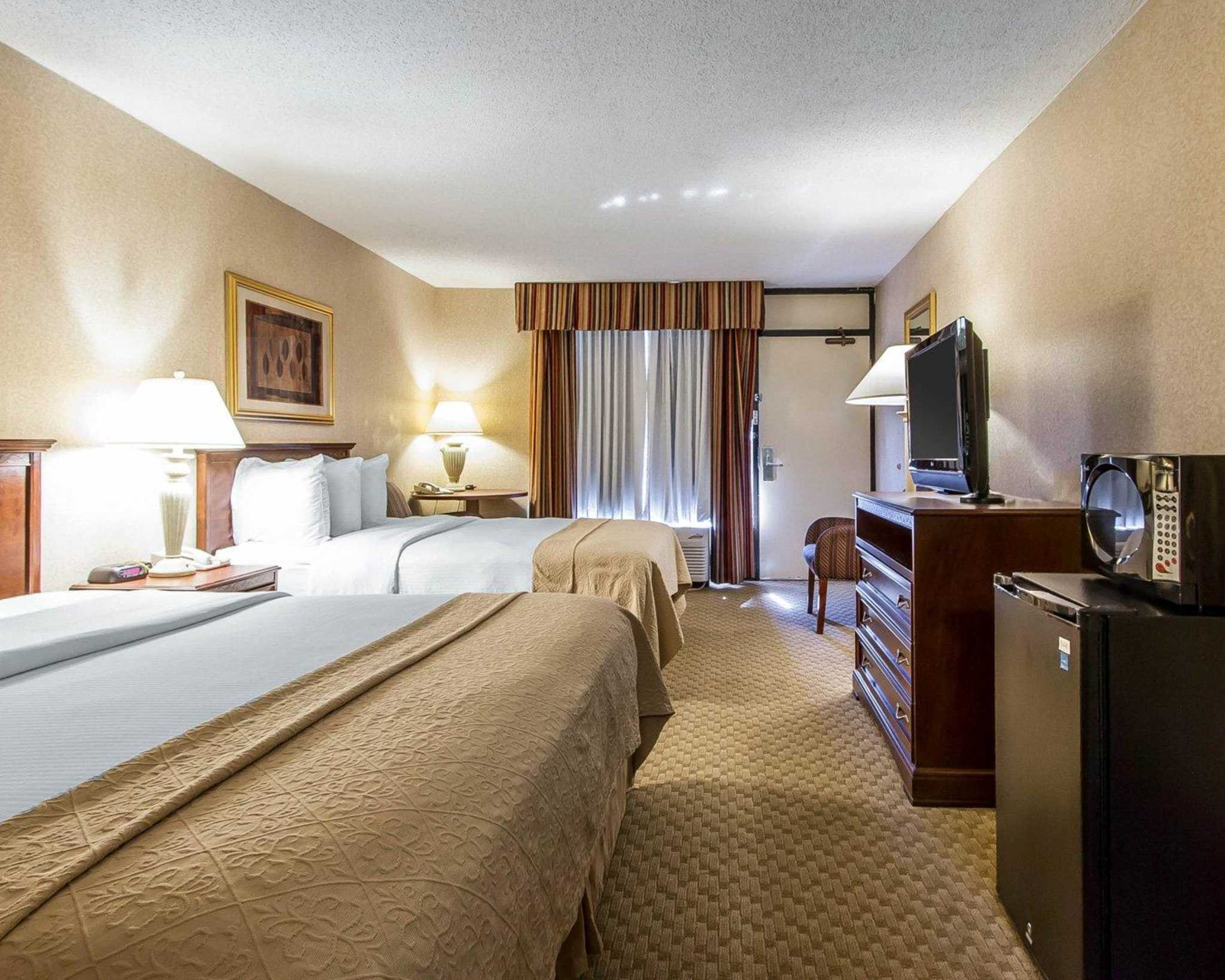 Cleaning Hotel Rooms Clarksville Tn