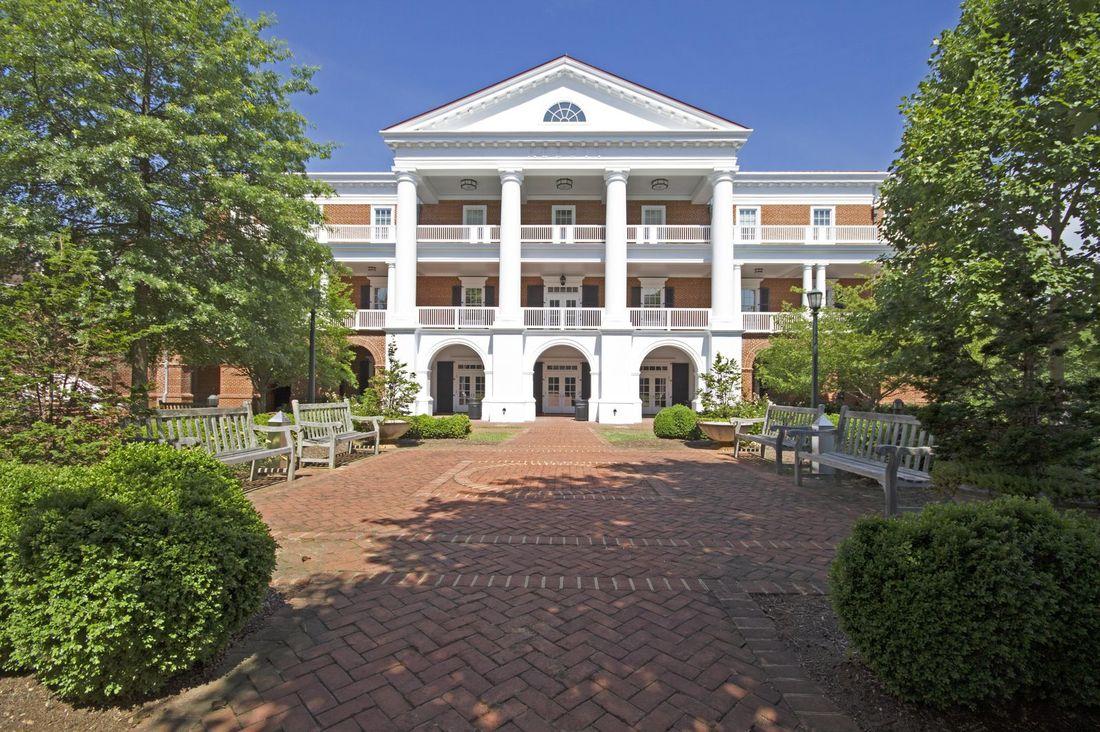 Uva Inn At Darden Charlottesville Virginia Va