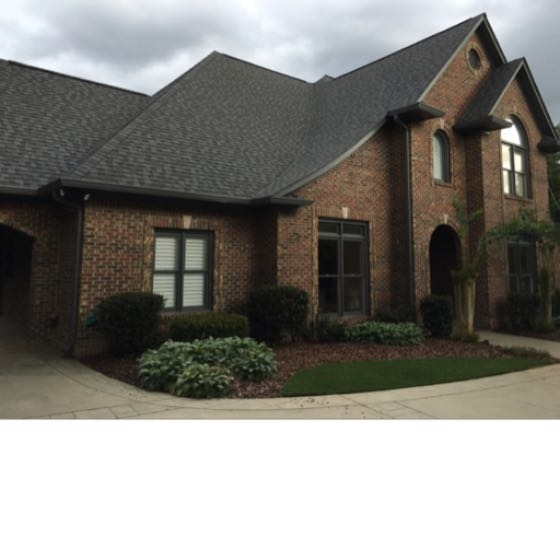 Liberty Park roof installation in Vestavia Hills, Alabama.  Capstone Roofing installed Caterainteed Landmark shingles with synthetic underlayment and ridge ventilation.  Includes Certainteed 4 Star 50 year full replacement warranty.  This home is near Hoover, Mountain Brook, and Homewood, Alabama.