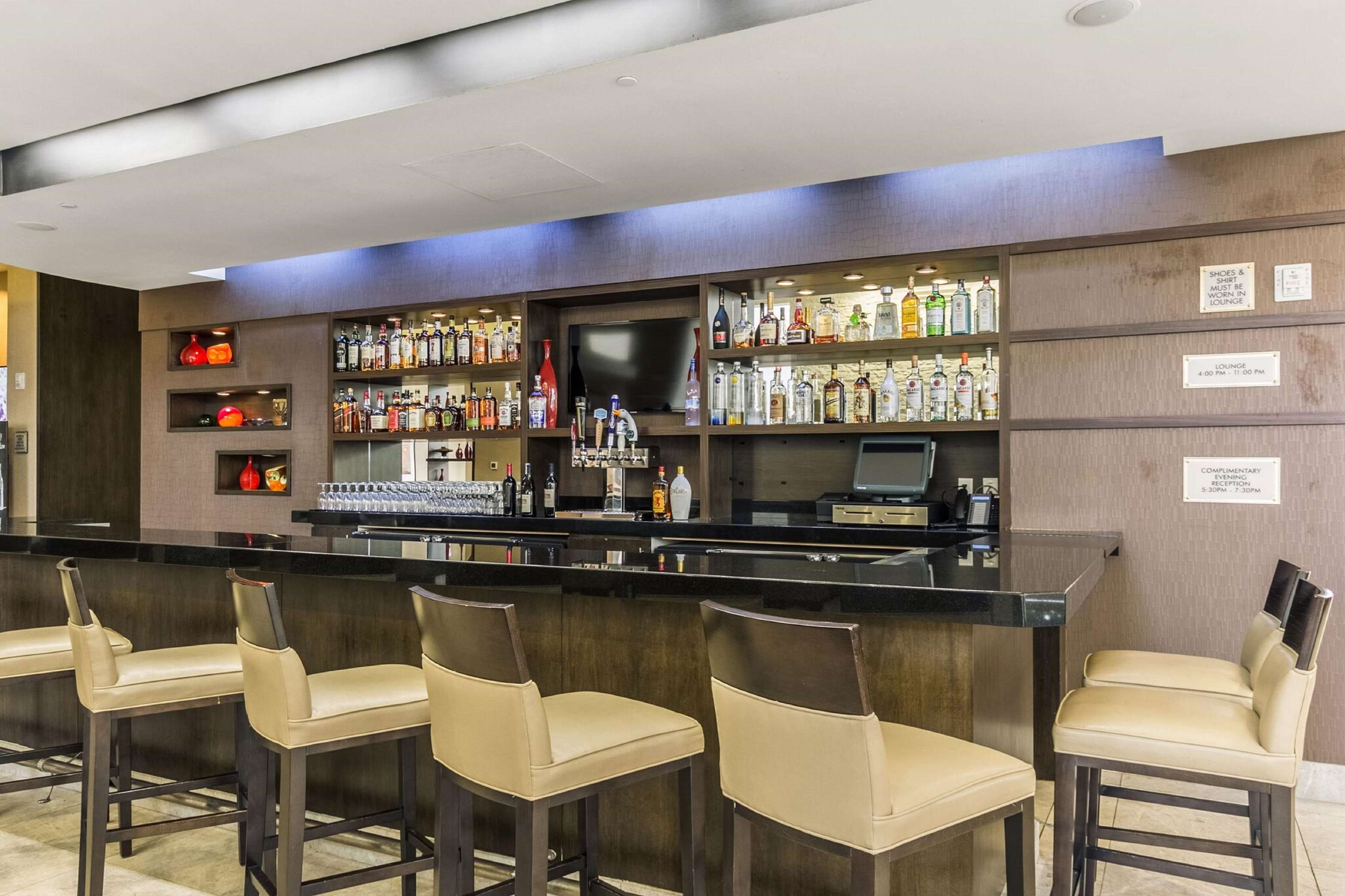 Embassy Suites Hotel Newark Airport
