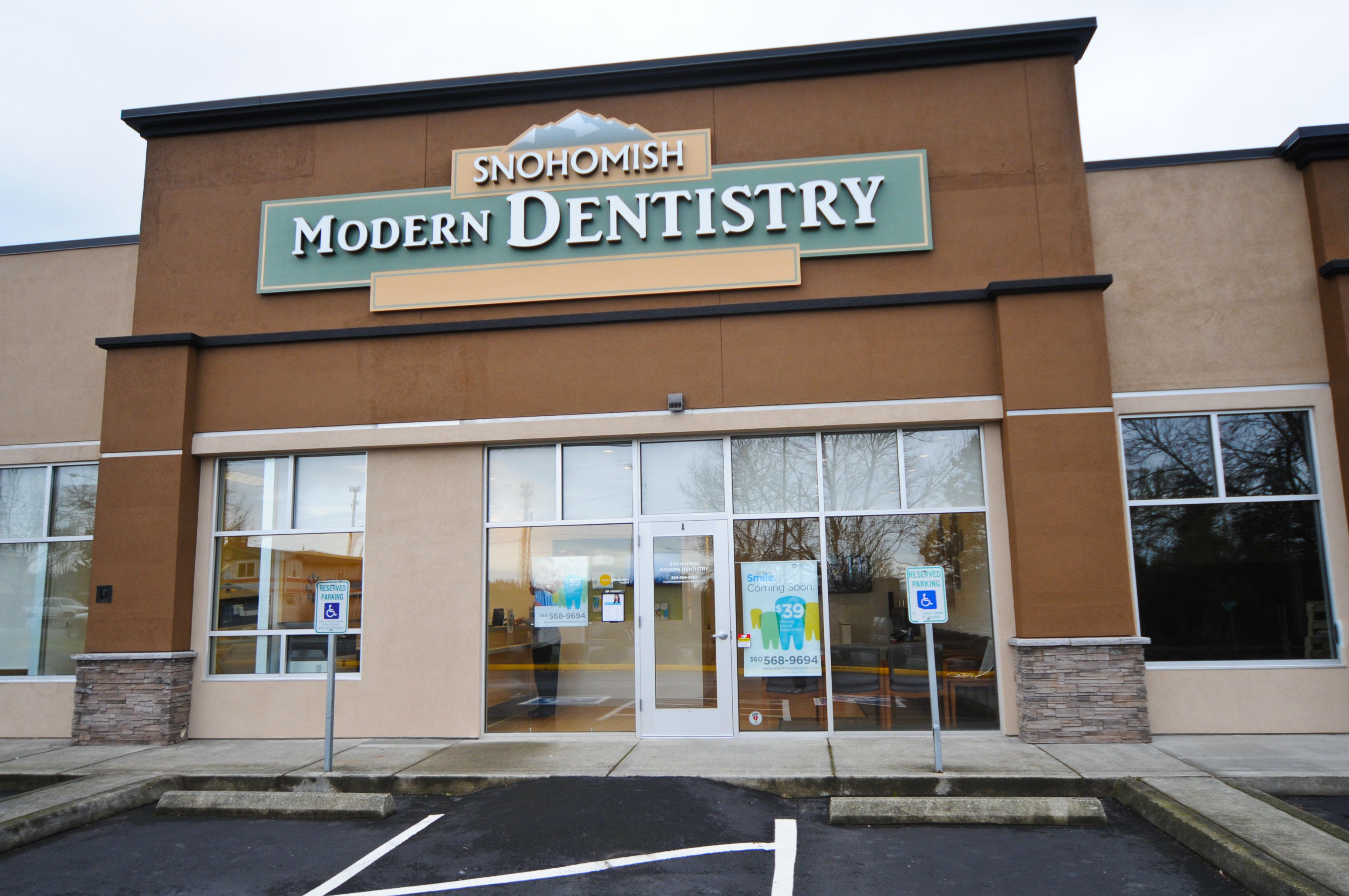 Looking for a family dentist in Snohomish, WA? You have come to the right spot!