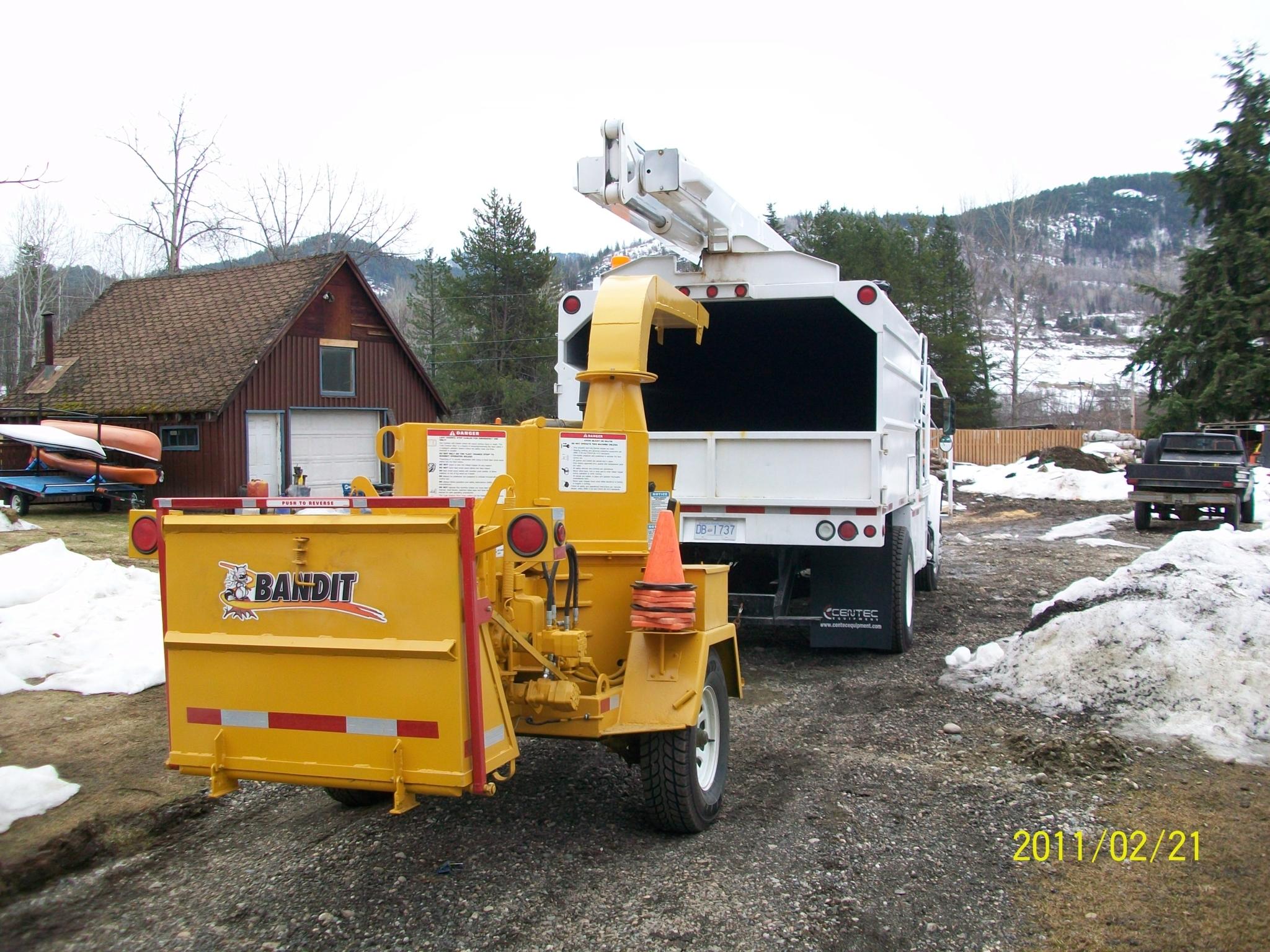Columbia Tree Services Ltd in Beaver Falls