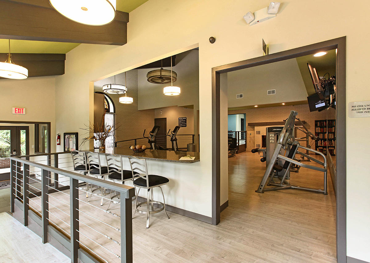 Fully equipped fitness center Oxford Heights Albany (518)456-4822