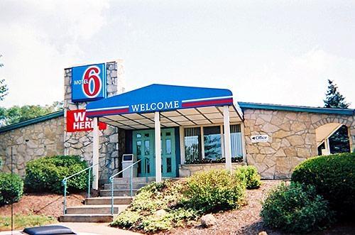 Motel 6 Washington Pa image 3