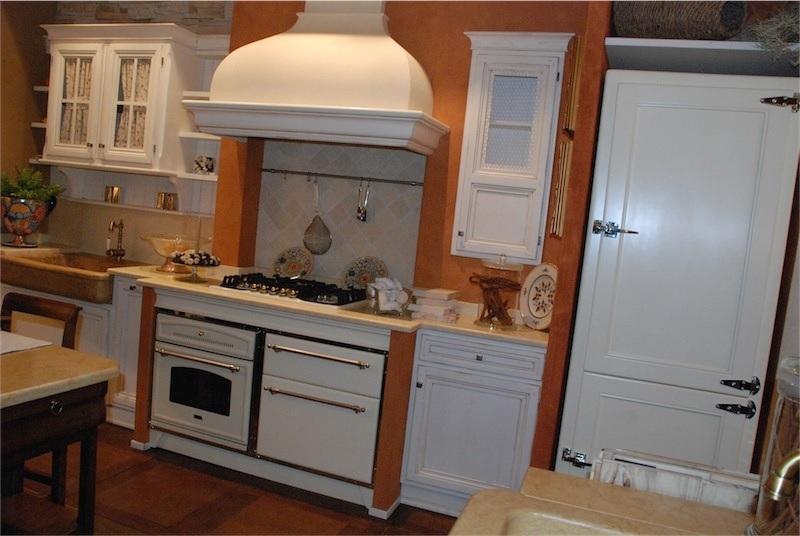 Gamberini arredamenti mobili bologna italia tel for Ap arredamenti