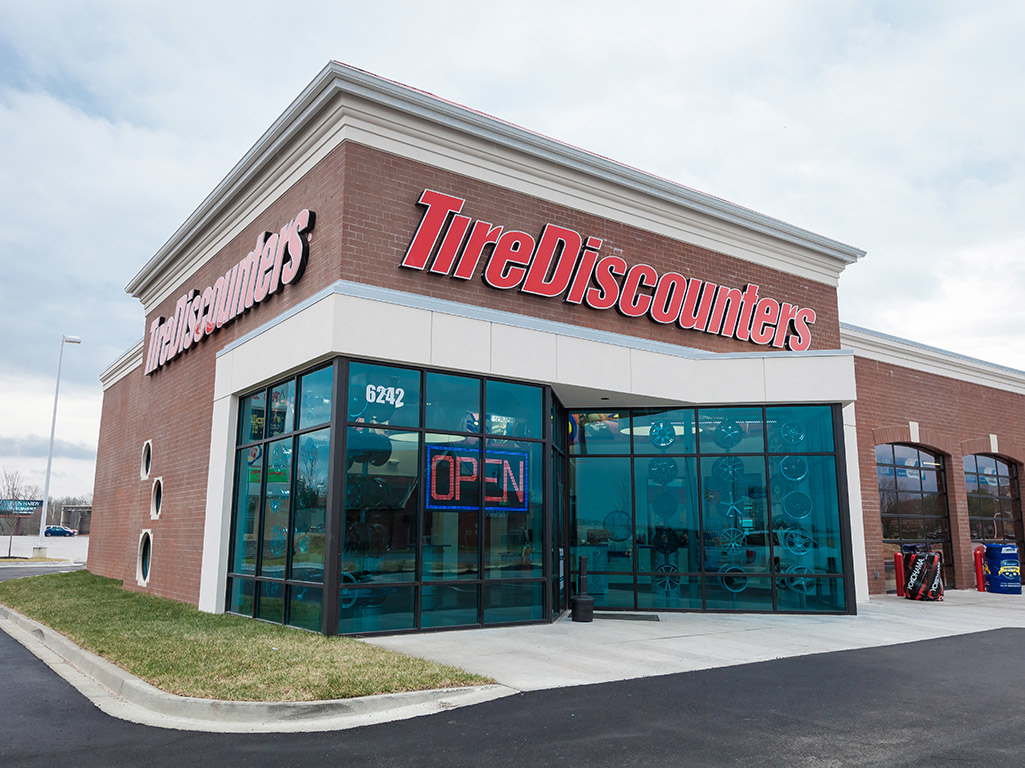 Tire Discounters, Chattanooga Tennessee (TN ...