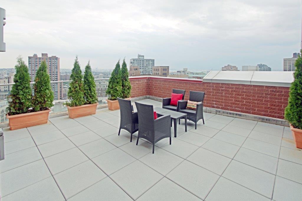 hotel indigo brooklyn brooklyn new york ny. Black Bedroom Furniture Sets. Home Design Ideas