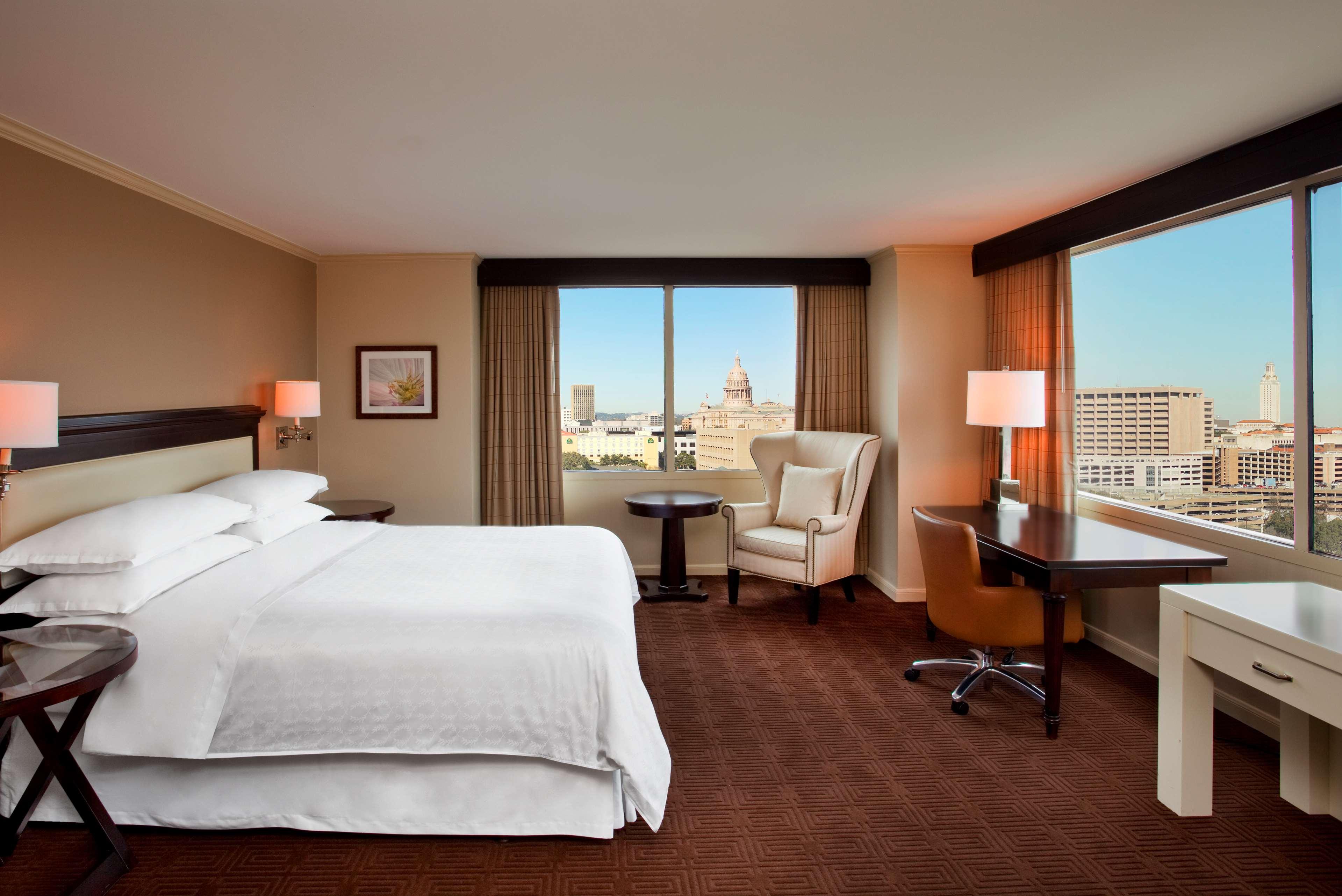 Sheraton Austin Hotel At The Capitol Club Room